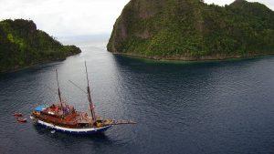 schip in baai