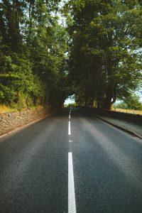 moeilijke-keuzes-maken-rechte-weg